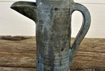 "Monas Keramik - ""Den blå"" / Tekoppar, kaffemuggar, skålar, krukor, vaser m.m. i handgjord keramik. #handgjord #handgjorda #hantverk #keramik #keramiker #kopp #koppar #keramikkopp #keramikkoppar #mugg #keramikmugg #muggar #keramikmuggar #tekopp #tekoppar #kaffe #te #skapande #unikkeramik #kurs #kurser #keramikkurs #keramikkurser #dreja #drejning #drejkurs #drejkurser #fika #fikatajm #fikatime #svenskfika #skål #skålar #keramikskål #keramikskålar #vas #vaser #keramikvas #keramikvaser #kruka #krukor #keramikkruka"