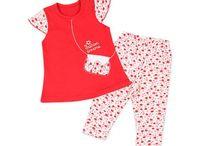 Conjuntos para nenas 0 24m / Conjuntos, vestidos, calzas, pantalones y jeans de bebes, bebas, niñas y nenas de 0 a 24 meses. Venta al por mayor.