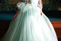 Mint Green Weddings / Everything Bridal In Mint Green With Amazing Color Combinations.