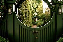 Bahçe Girişleri / Garden Entrance