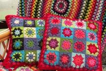 Crochet / by Sandra Sofyan
