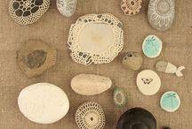 石のペーパーウェイト(レース編み)