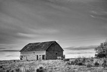 Barns / Farm Houses / Rural / Fine art photographs of barns, farm houses, rural landscapes and rural decay.