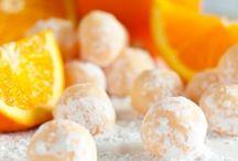 LOVE YUMMY Orange Dishes!!! / by Vivian Simons