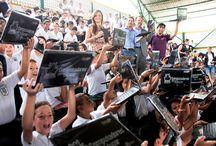Entrega Computadores en Bugalagrande MinTIC / De esta manera se realizo la entrega de computadores Compumax en el marco del programa computadores para educar del ministerio TIC y el gobierno nacional en Bugalagrande.