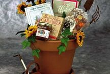 Gift basket idea ( Fundraising) ideas / by Connie Mcintyre-Moore