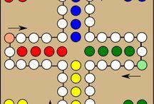 Bordpellen / Afbeeldingen van het speelbord van diverse bordspellen