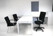 Kantoorinrichting / Een aantal ideeën voor het inrichten van uw kantoor of werkplek. Neem ook een kijkje op onze site voor meerdere voorbeelden.
