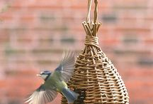 Willow Craft Bird Feeder Projects / Projects featured in book: Willow Craft 10 Bird Feeder Projects