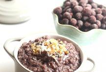 Slow Cooker Breakfast & Desserts / by Jasmin De Klerk