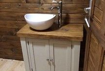 Bathroom ideas for rustic / traditional styles / Traditional and Rustic BATHROOM inspirations....