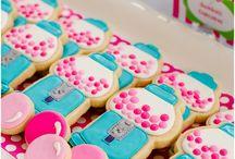 Cookies / by Natalie Padrick Rodrigue