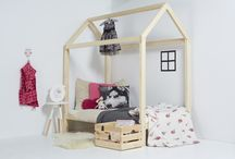 Mini Home house framed toddler bed / https://m.facebook.com/minihomehungary/