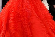 Dlouhé široké šaty