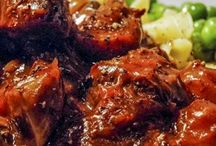 Beef recipes / by Sophia Vollhardt