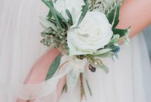 Corsages and buttonholes inspiration
