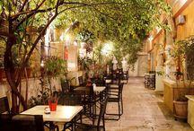 μαγαζιά στην Αθήνα με κήπους