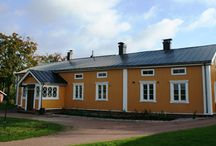 Suomen linnat kartanot, villat ja taiteilijakodit / Finland' s castles  manors, villas and artisthomes