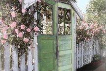 Garden: Gates, Arbors and Fences / by DeLona Naron