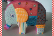 Olifant  geschilderd / spaarpot