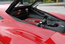 Za volantem Ferrari 458 Italia / Nahoďte motor, zatúrujte a užijte si svoji chvíli plnou adrenalinu. Vychutnejte si naprosto nezapomenutelnou jízdu v supersportu snů - Ferrari 458 - Italia! Přijďte se projet autem snů, a to včetně sprintu na letištní ploše, na které pojedete jen u nás rychlostí až 300 km/hod. Jízdy na letištní ploše v Mnichově Hradišti a nově také po celé ČR! No není to krása?? http://www.impresio.eu/zazitek/za-volantem-ferrari-458-italia