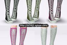 TS4 Shoes