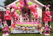 Minnie Mouse 1st bday party / Americas 1st birthday Minnie Mouse party