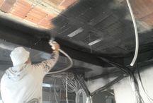 Trabajos / Aplicación de pintura en techo para fondo con airless