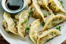 dumplings / recipes of Korean dumplings for a delicious and tasty treat.