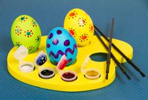 Easter Egg Art / Eggshells create the perfect canvas for Easter art at its best.