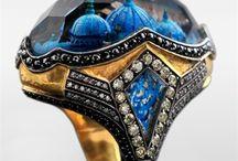 klenoty / šperky, hodinky