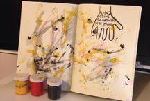 """""""Plaśnij czymś kolorowym w tę stronę"""" / Tablica skupiająca wszystkie nadesłane prace zawierające stronę: """"Plaśnij czymś kolorowym w tę stronę"""" :) swoje kreacje ślijcie na maila: kontakt@zniszcztendziennik.pl"""