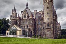 YASI - Castle and surroundings