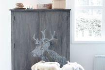 SCANDINAVIAN HOME / Sheep skins, wool, candles, wood...