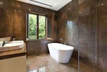villa bathroom (main)