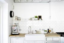 Kitchens / by Evy Rivera