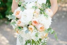 Peach/Apricot Bridal Bouquets