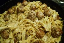 Pasta and Noodle Recipes / by Erika Wenzel