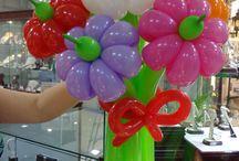 RAMOS DE FLORES / Flores hechas con globos de globoflexia 160, 260, 360,  sempertex o Qualates  de diferentes colores que puedes encontrar en nuestra tienda de globos.