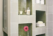 Bathroom wall / Tiled recess