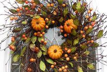 Wreaths / by Kelly Woelfel