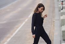 ESSENTIAL - the black blouse