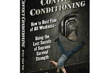 Recommended Calisthenics Books / A list of books I recommend to read for all things calisthenics. All links here are affiliate links.