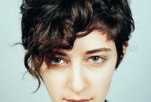 стрижки на вьющихся волос