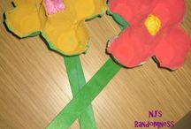 Spring Craft Ideas / by Holly Dobrynski