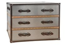 Dillon chest of drawers