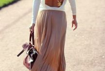 Long Skirts and Wedges / One of my favorite styles.  / by Daffnee Cohen