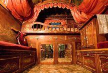 Romany Gypsy wagons / gypsy wagons