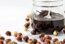 Jams, Butters, and Sauces / Great recipes to reduce sugars in your everyday foods!
