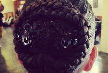 Kontyok és fonott hajak